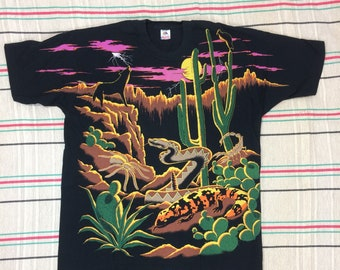 1990s 1993 all over print desert night scene howling wolf rattle snake scorpion tarantula size XXL black cotton single stitch made in USA