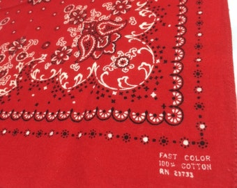 1930s 1940s very old small red bandana 15.5x17 Fast Color soft cotton tiny print paisley flowers polka dots old west western selvedge #113