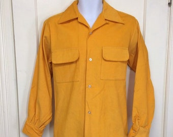 1960s bright yellow cotton corduroy loop collar shirt size medium rockabilly Van Heusen board shirt surfer rocker swing excellent condition