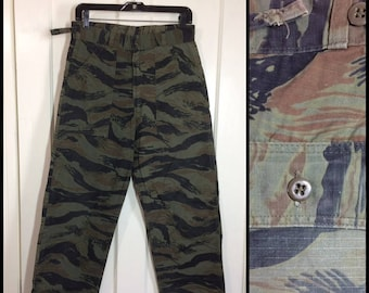 1970s ripstop brown black tiger stripe camouflage field trouser size small 29x29 all cotton 4 pocket Talon zipper camo fatigues #122