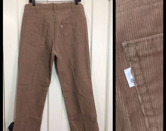 1970s Levis 519 corduroys 36x31, measures 35x30 beige tan straight leg cords Talon zipper made in USA #1604