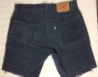 1970s Levi's 517 corduroy cut off shorts w.32 measures 31 inch waist dark blue Talon zipper skate punk grunge hippie boyfriend made in USA