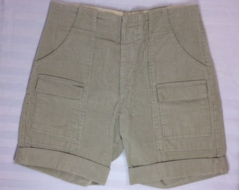 1970's corduroy bush pants cuffed shorts measures 30 inch waist 6 pocket Talon zipper pale olive green beige