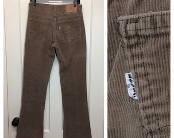 1970s vintage Levis 517 boot cut soft brown corduroys 30X34, measures 29.5x32.5 flare jeans Talon zipper made in USA #625