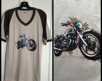 1970s Suzuki Motorcycle Iron On print 2 tone ringer t-shirt size XL Tan Brown V-neck flocked letters initials MSR biker