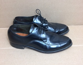 1960s 1970s black leather dress shoes size 7.5 D leather soles punk mod rockabilly swing Steigers Wall Streeter