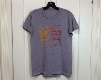 1970s worn paper thin Back Fence Greenwich Village New York City souvenir t-shirt looks size small 17x25 NYC heather gray live music bar