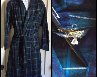 1950s Plaid Rayon Smoking Jacket Robe looks size Medium Blue Green