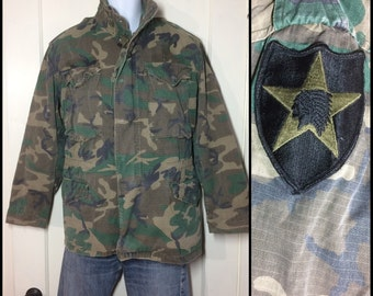 1980's Military Rip Stop M65 Camo Field Jacket size Small Faded worn soft cotton Indian Head Star patch 2nd Infantry camouflage camo fatigue