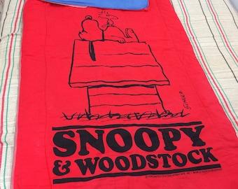 1970s Snoopy Woodstock sleeping bag red blue inside camping