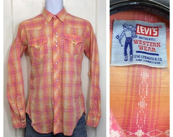 1950s LEVI's shadow plaid cotton cowboy western pearly snap shirt looks size small pink peach orange sunset colors Levis big E