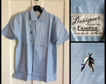 Deadstock Vintage 1950s Light Blue Short Sleeve Rayon Loop Shirt size Mens Small Campus
