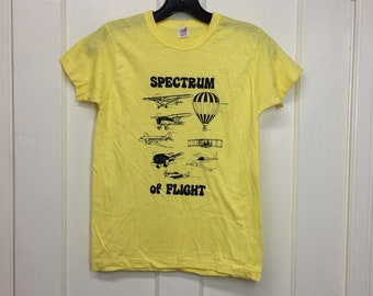 deadstock 1970s Spectrum of Flight airplanes hot air balloons t-shirt size boys 14-16 15x21.5 aircraft yellow cotton Hanes made in USA NOS
