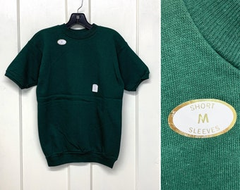 deadstock 1970s dark green short sleeve sweatshirt size Medium, looks small 17.5x22.5 beatnik artist boho hippie grunge blank plain