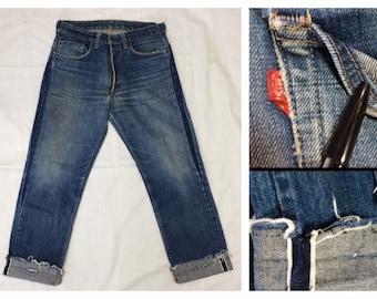 d01fb3010a4 distressed Levi's 505 Indigo Blue denim single stitch redline selvedge #5  button 32X30, measures