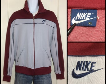 1980's Nike Swoosh logo Blue tag Label Sports warm up jogging Jacket size XL Gray Burgundy navy blue piping striped excellent condition