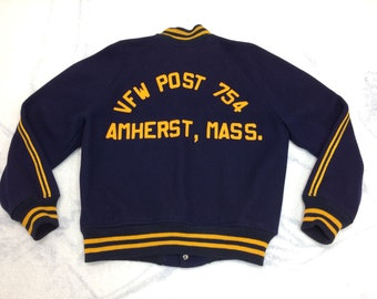 1960s VFW Amherst Massachusetts varsity letter jacket looks size medium navy blue yellow striped wool US veterans of foreign wars