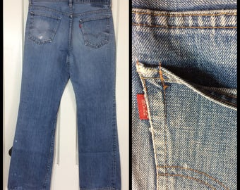 distressed faded 1970s Levis 517 Boot Cut Denim Blue Jeans 36X33 measures 35x33 single stitch #2 button Talon zipper black bar stitch #289