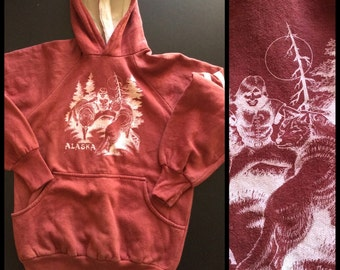 1970's Alaska cotton Hoody Sweatshirt looks size M Eskimo Wolves Nature Scene Folklore Myth long cuffs