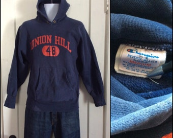 Vintage 1980s Champion Reverse Weave Hooded Sweatshirt size Medium Union Hill 48 Gym dark blue