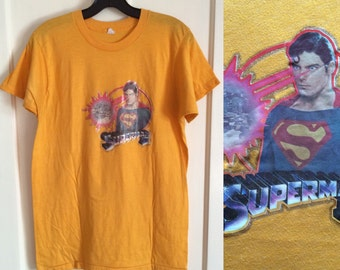 1980 Superman II Movie Iron On print T-shirt looks size Medium yellow Christopher Reeve