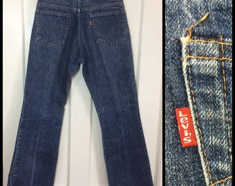 Vintage 1970's Levi's 517 Boot Cut flare Denim Blue Jeans 30X30, measures 28.5x29 Talon zipper black bar stitch dark wash #284