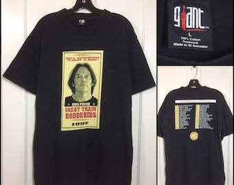 1990s Niel Young Great Train Robberies 1997 Summer Tour t-shirt size large 21x30 black cotton concert rock grunge