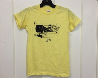 kids deadstock 1980s Gee Bee vintage airplane t-shirt boys youth size medium 13x20 pilot racer aircraft thin yellow Hanes made in USA NOS