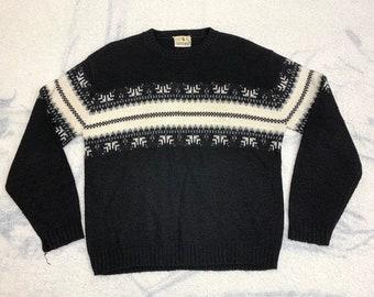 1950s fair isle sweater size medium by Golden Crest black white winter ski holiday acrylic