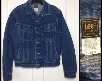 1980's Lee 4 pocket denim jean jacket size 38-R dark wash made in USA slim tapered fit #1924