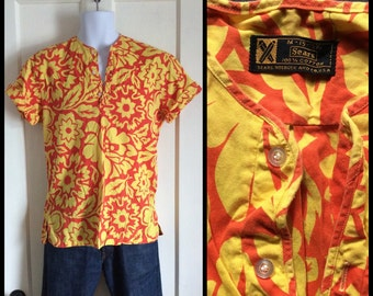 Vintage 1960s Pullover Beach Bum Surfer Hawaiian Shirt size Medium Yellow Orange Flower Print