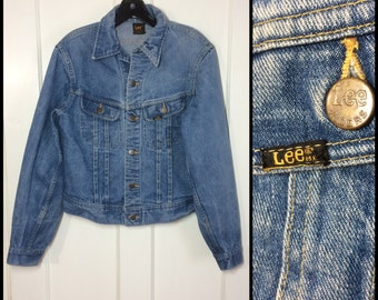 Vintage 1970's Lee Made in USA Denim Blue Jean Jacket 2 Pocket looks Size Small to Medium Faded light wash #1900