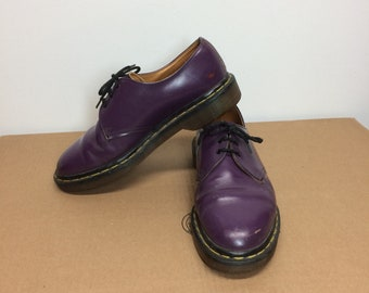 Vintage Dr. Doc Martens purple leather oxford shoes the Original made in England mens size 6