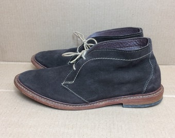 Allen Edmonds Amok dark brown soft suede ankle boots size 9.5 D chukka boots shoes designer made in USA leather soles