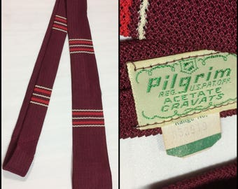 deadstock 1950's woven crochet knit silky square end necktie skinny tie by Pilgrim burgundy red white horizontal stripes NOS NWT