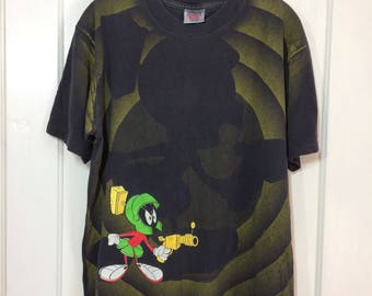 1992 Marvin the Martian all over print Looney Tunes Cartoon sci fi character faded black cotton t-shirt size Large 21x26 Space Jam ray gun