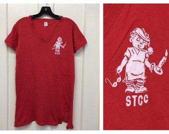 1970s STCC Springfield Technical Community College night shirt t-shirt size medium 17x27 V-neck single stitch sleepy cartoon character
