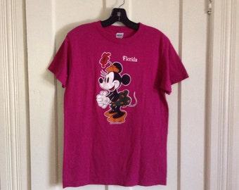 Vintage 1980's Minnie Mouse Walt Disney Florida Souvenir T-shirt size Large Fuchsia Pink