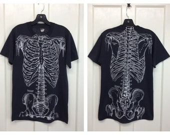 1980s Leslie Arwin skeleton bones t-shirt size medium 18x27 medical anatomy drawing goth grunge punk Screen Stars single stitch made in USA