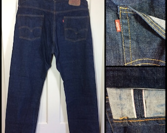 Levi's 505 42X30, measures 41x30 1 wash Indigo Blue denim Straight Leg Jeans made in USA single stitch redline selvedge Talon zipper #327
