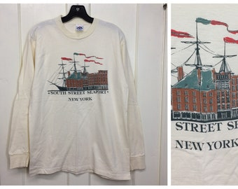 1990s long sleeve New York City South Street Seaport souvenir t-shirt size large 19x27 nautical historic NYC cotton made in USA