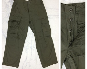 1970s OG-107 green field trouser measured size 31 x 28 all cotton ripstop 6 pocket button fly army green fatigues high waist #143