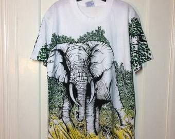 1990s Elephant in the Jungle scene all over full print white T-shirt size Large 22x29 art oversized fit