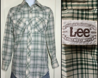 1970's Vintage Plaid Lee Western cowboy snap Shirt looks size Medium XLong Tails Green Cream faux silk polyester disco