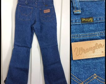 1960s Wrangler bell bottoms denim indigo blue flare boyfriend jeans 30X32, measures 27x31 made in USA hippie boho #357