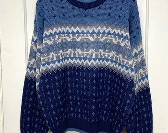 1980s fair isle sweater looks size XL by Timber Trail winter ski holiday blue gray white acrylic