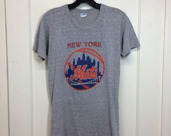 1970s New York Mets NYC baseball team Champion blue bar tag t-shirt size medium, looks small 16x26 heather gray made in USA single stitch