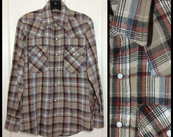 1970s thick heavy cotton flannel snap western cowboy shirt looks size small brown rust black blue worn in soft