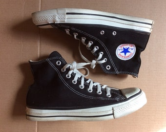 fdea19ba7f8d 1990s black Converse Allstars size 7 made in USA Chuck Taylors Chucks hi  tops canvas sneakers