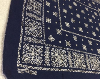 1950s indigo blue Elephant trunk up bandana 22x19.5 hemmed cotton selvedge made in USA Square Snowflake Rings fleur de lis #49